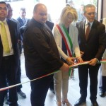 8 maggio 2015: inaugurazione della rinnovata filiale di Fontebecci. Il taglio del nastro