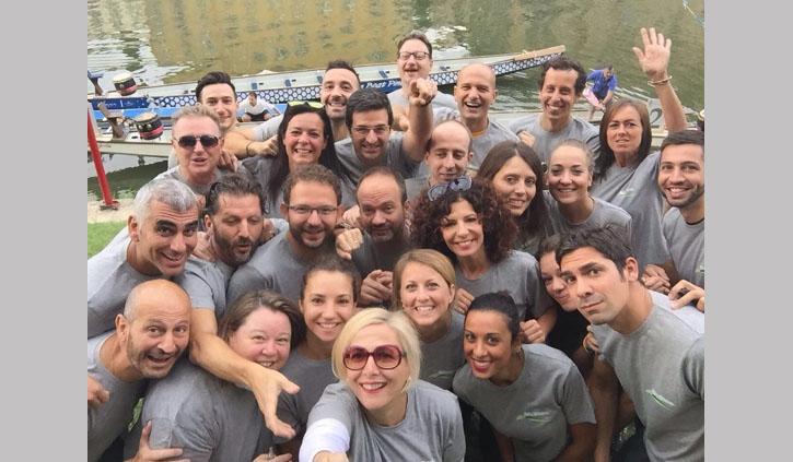 """Dragon Boat 2016: """"quelli di ChiantiBanca"""" remano lungo l'Arno"""