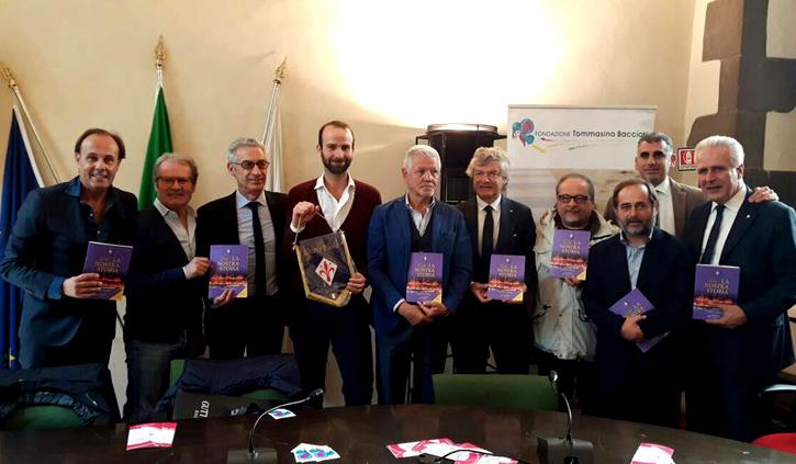 """Novant'anni della Fiorentina, presentato il libro """"La nostra storia"""""""