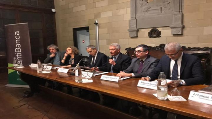 La seconda casa dei contradaioli: ChiantiBanca regala a Siena una trilogia da collezione