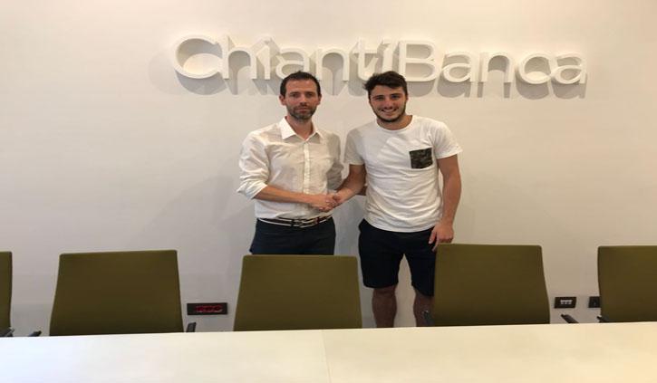 """La sede di ChiantiBanca dà il benvenuto al """"primo"""" giocatore del Pistoia Basket"""